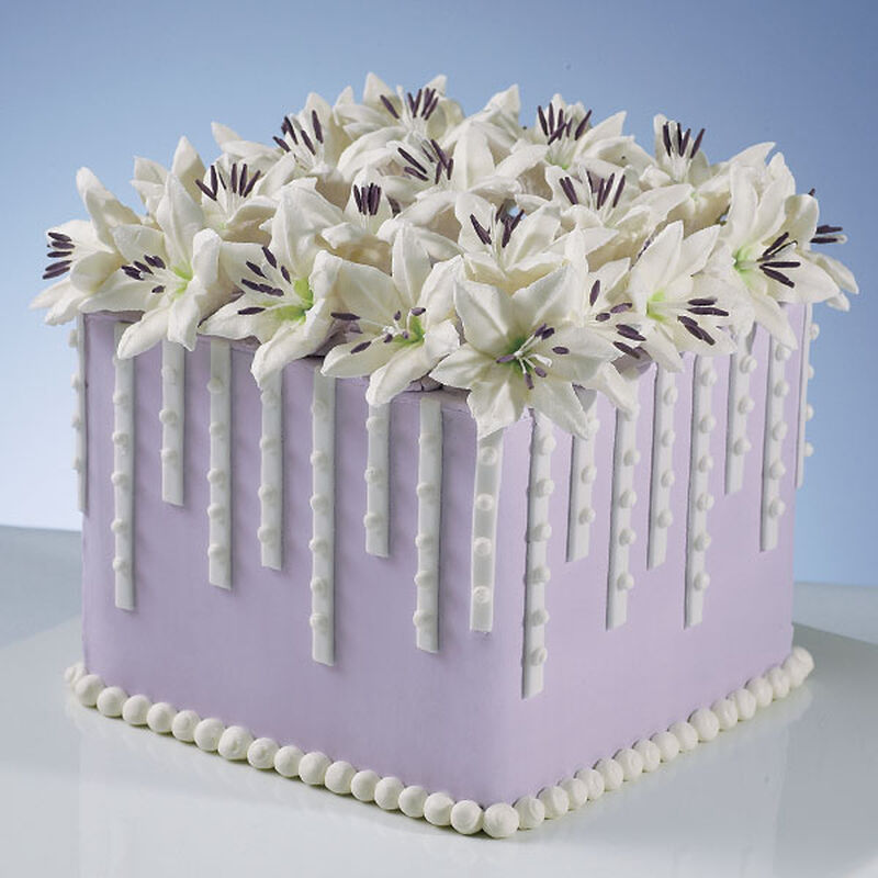 Lillies and Lavender Cake image number 0