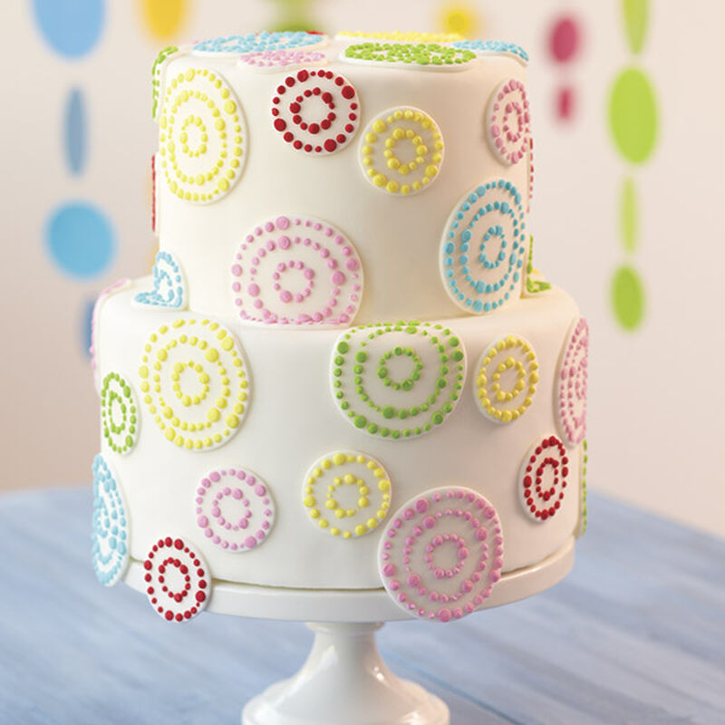Dots in Circles Tiered Cake image number 0
