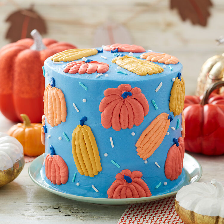 Piped Pumpkin Cake