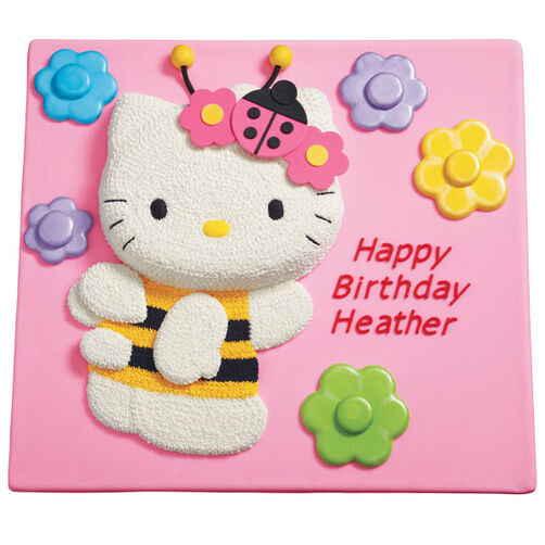 Pretty Hello Kitty Cake