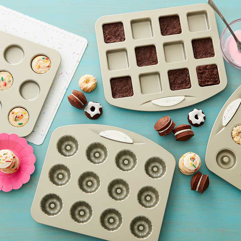 Tiny Bite Fluted Chocolate Cakes image number 2