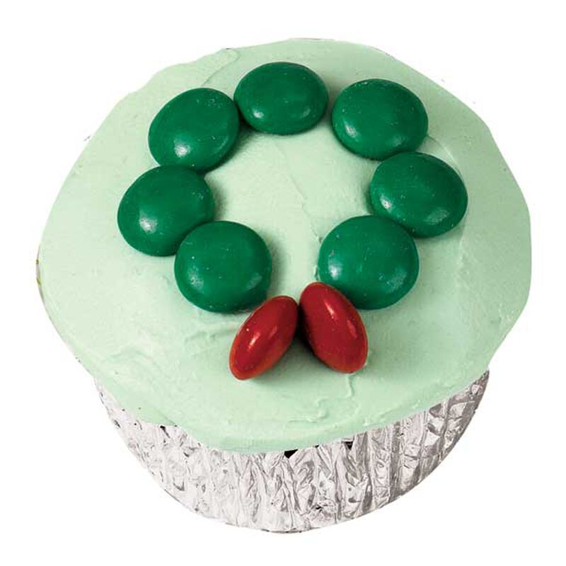Holly Wreath Cupcakes image number 0