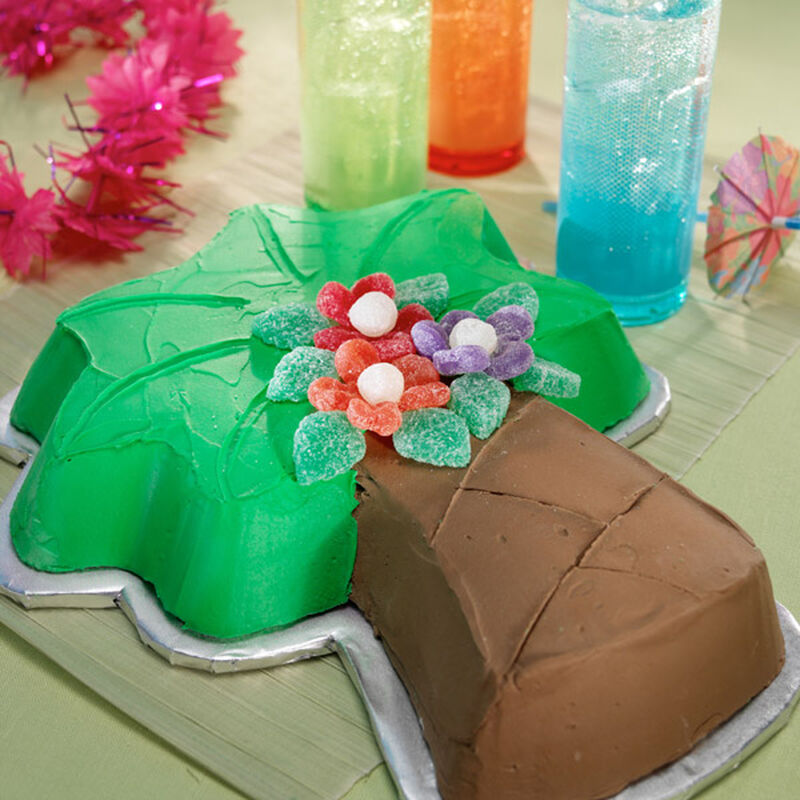 Palm Tree Blossom Cake image number 0