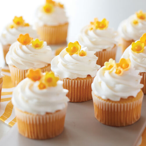 Yellow Buttercup Flowers Cupcakes