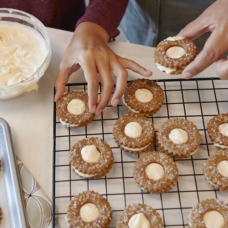Ginger Snap Sandwich Cookies image number 1