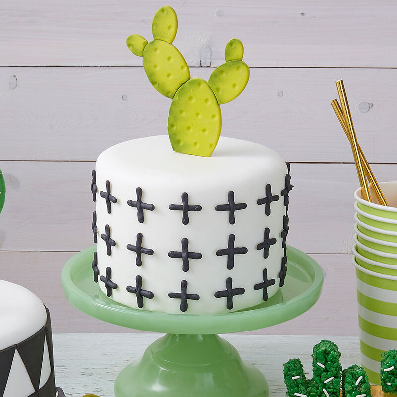Dot and Cross Cactus Cake image number 0