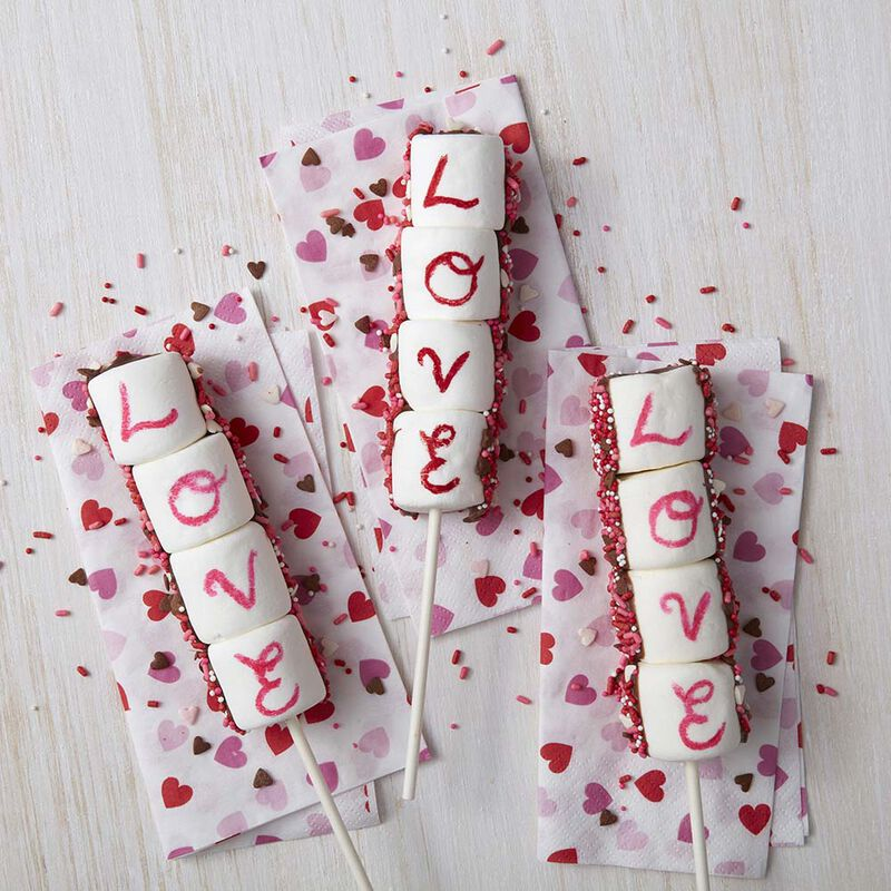 Valentine's Day Marshmallow Pops image number 0