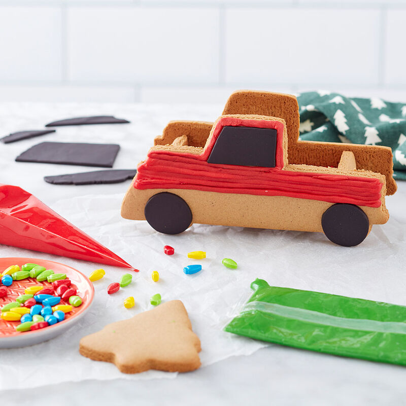 Gingerbread Pickup Truck Decorating Idea image number 1