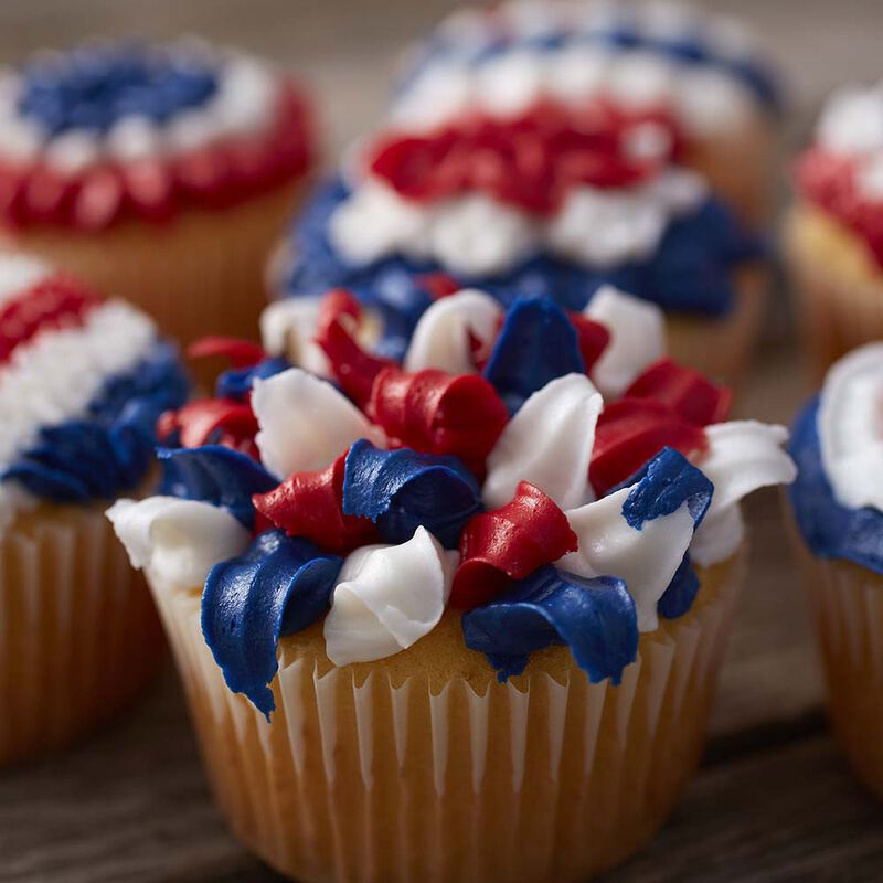 Wilton Patriotic Cupcakes with Tip 100 image number 2