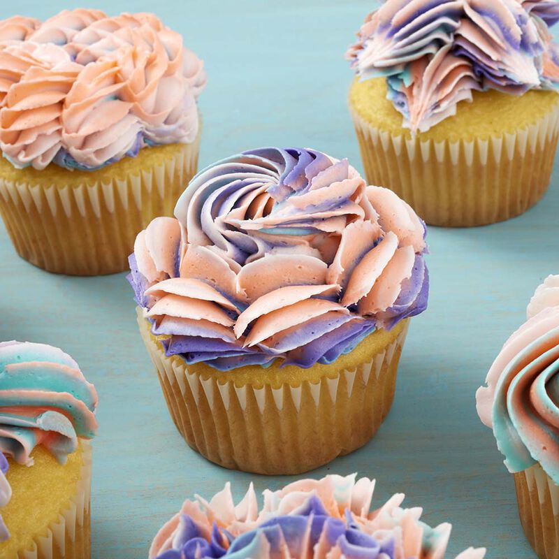8 Ways to Decorate Cupcakes Using Tip 1E image number 2