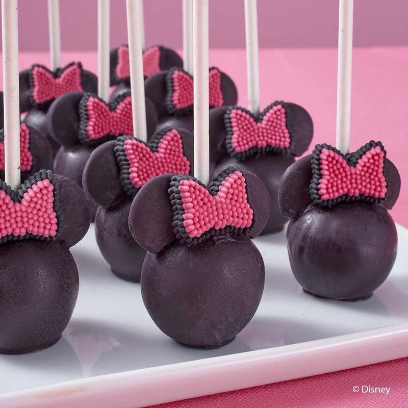 Minnie Mouse Cake Pops image number 0
