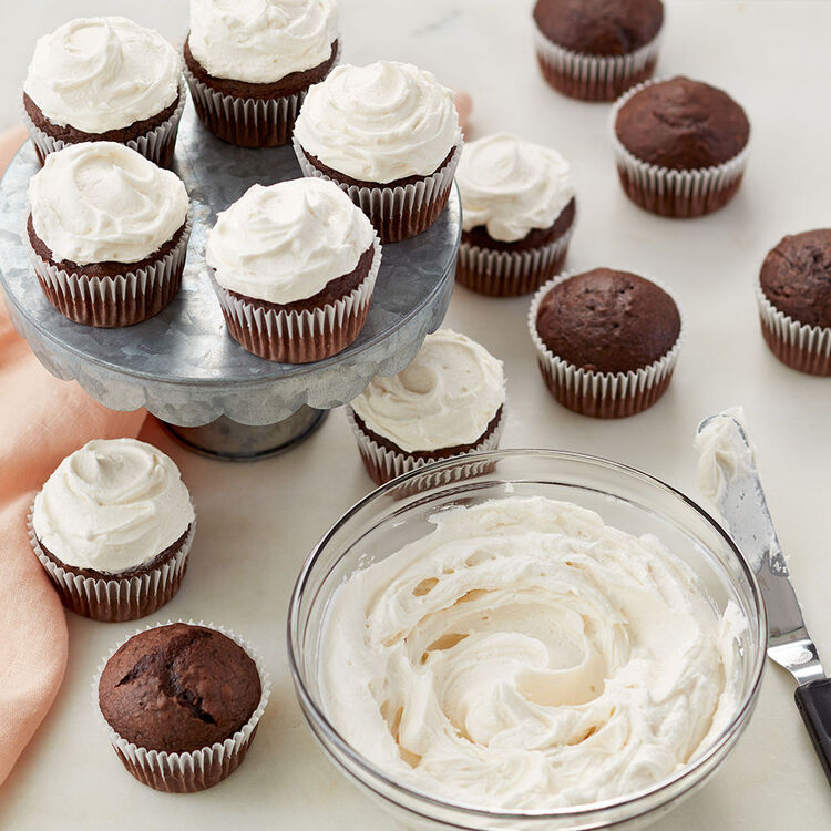 Chocolate Cupcakes with Whipped Buttercream Frosting