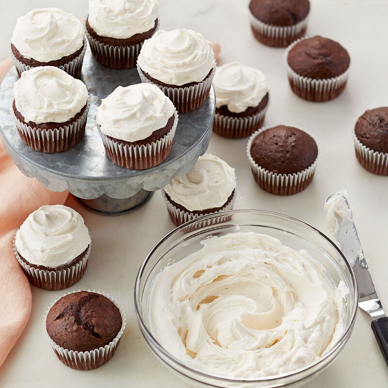 Chocolate Cupcakes with Whipped Buttercream Frosting image number 0