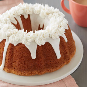 Swirl Drop Flower Cake