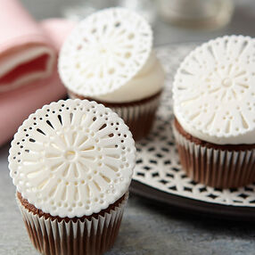 Fondant Doily Cupcake Toppers