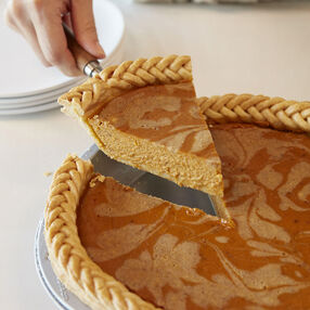 Chai Spiced Swirl Pumpkin Pie Recipe