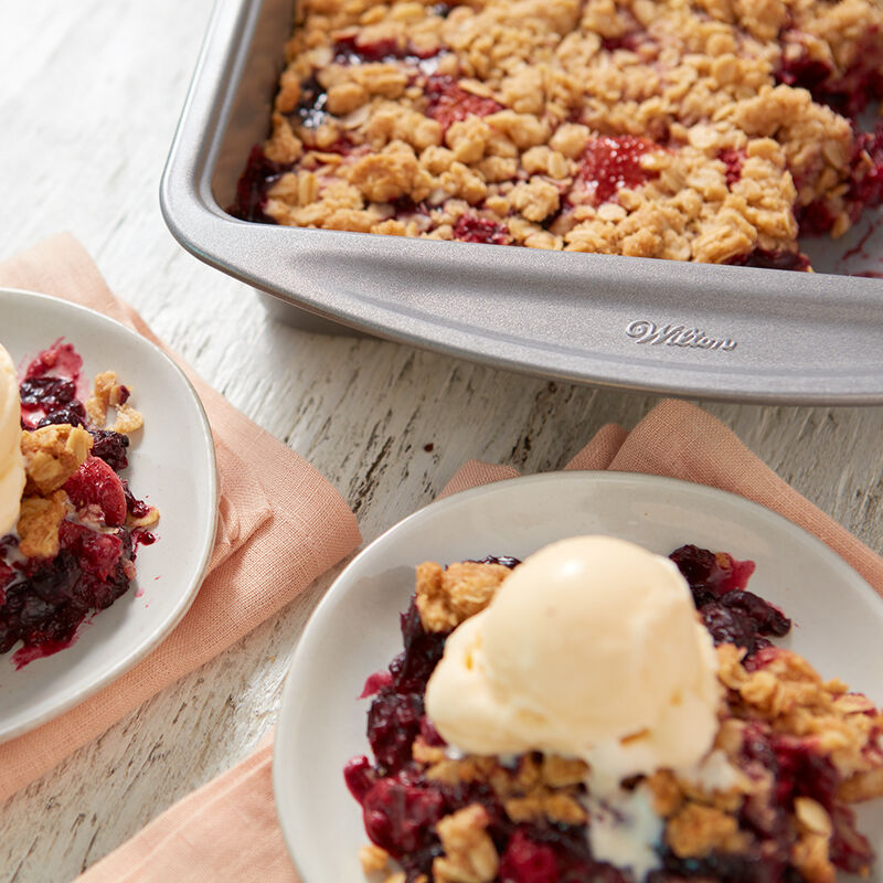Mixed Berry Crisp Recipe image number 1