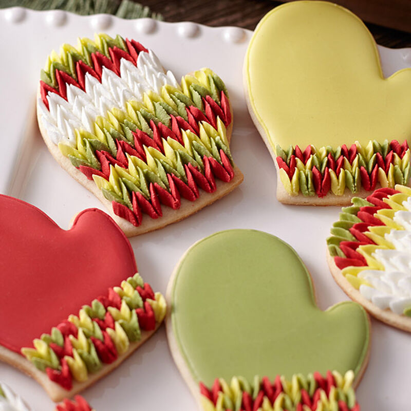Knitted Mitten Cookies image number 0