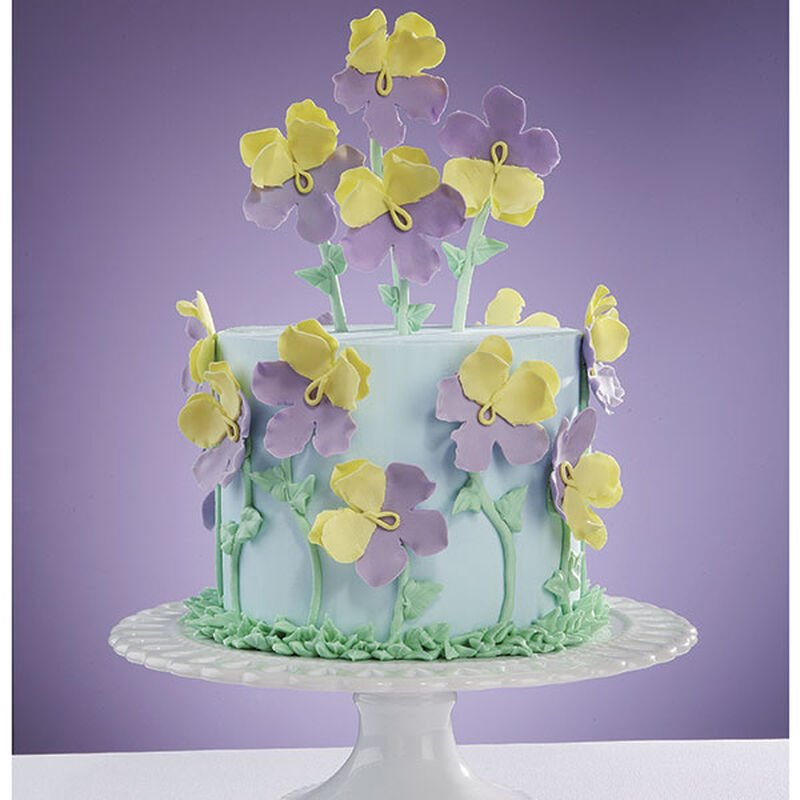 Perfect Pansies Cake image number 0