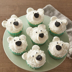 Holiday Polar Bear Cupcakes