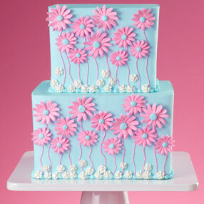 Daisies, Up Front and Center Cake