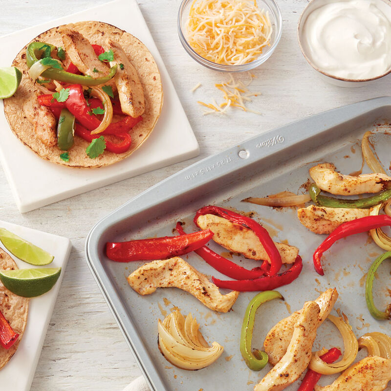 Sheet Pan Chicken Fajitas Recipe image number 0