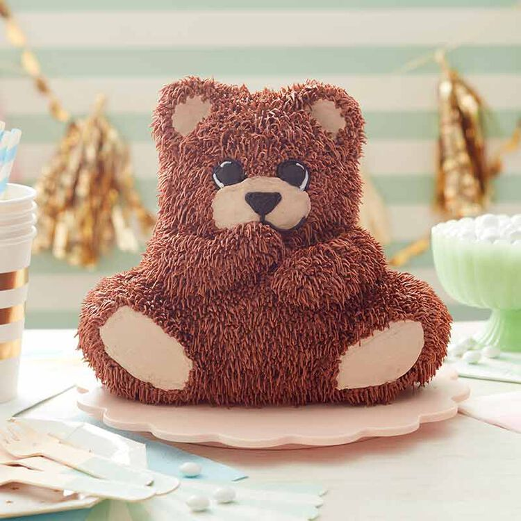 3D teddy bear cake