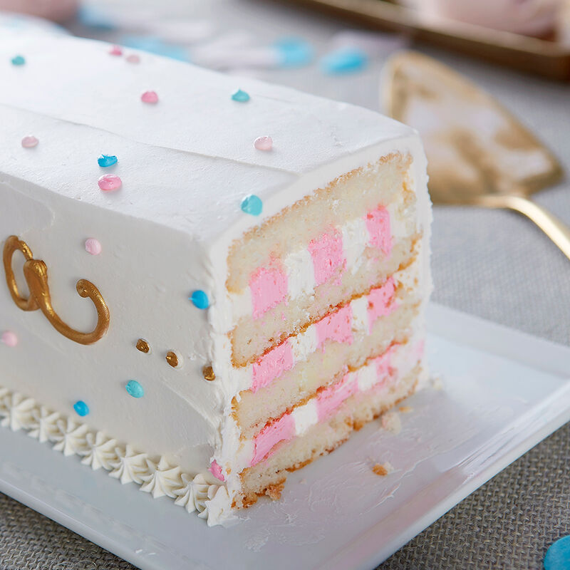 It?s a?Gender Reveal Cake image number 2