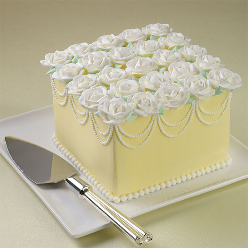 Ready for Roses Cake image number 0