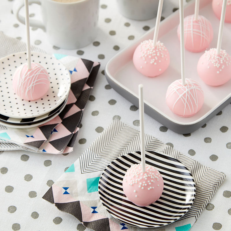 Pretty Pink Cake Pops image number 10