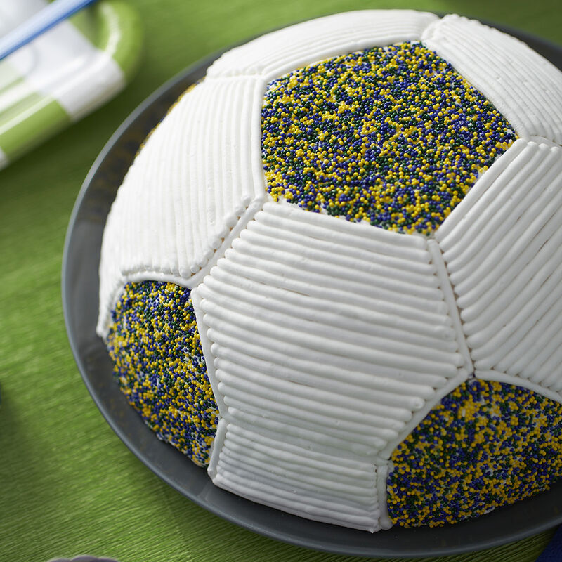 Go for the Goalie Soccer Cake image number 1