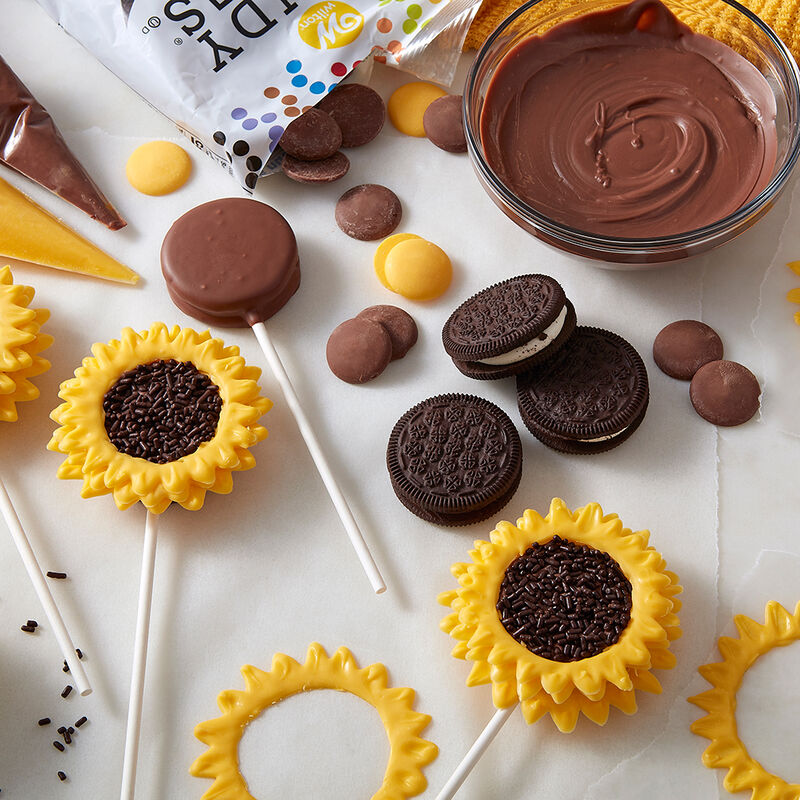 Sunflower Cookie Pops image number 1