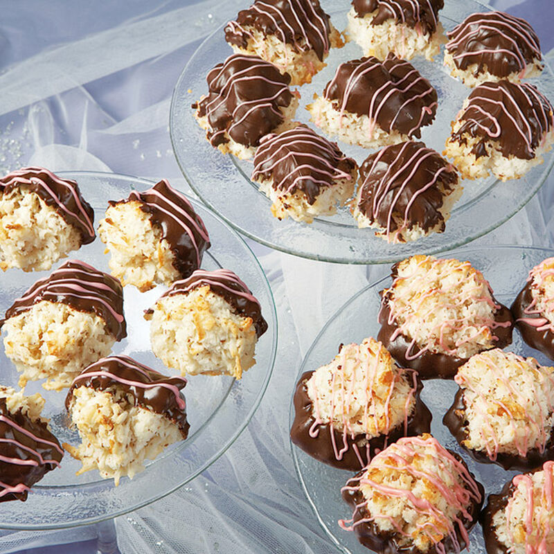 Chocolate Coconut Macaroons image number 0