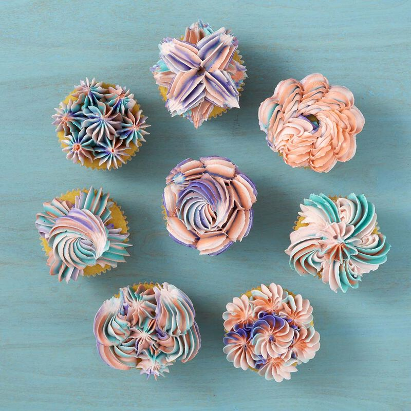 8 Ways to Decorate Cupcakes Using Tip 1E image number 0