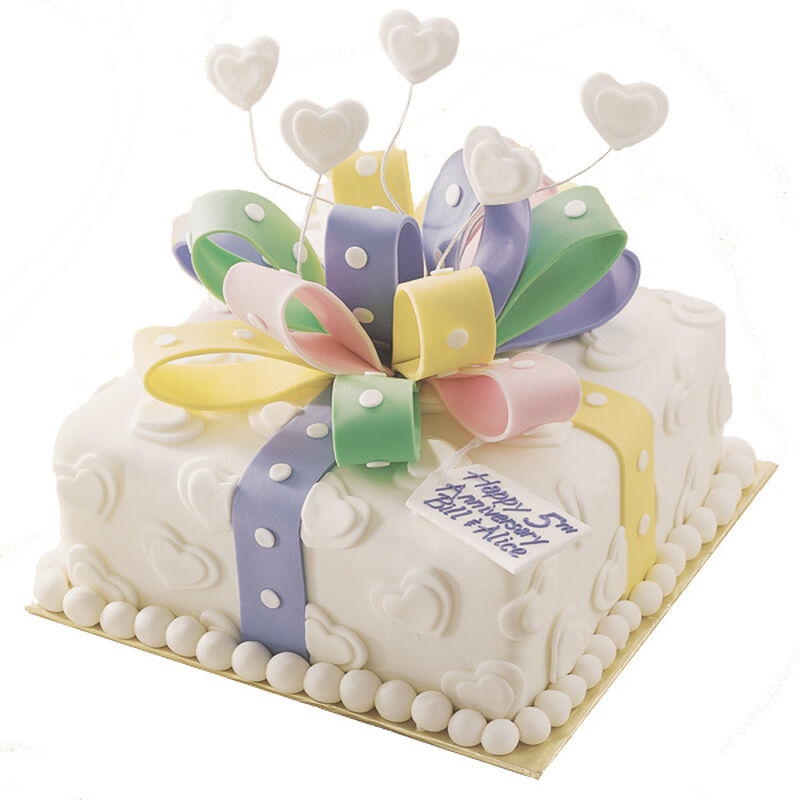 Every Year's a Gift Anniversary Cake image number 0
