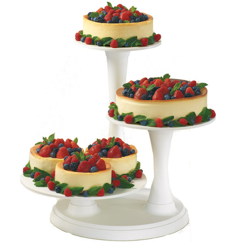 Fresh Berry Cheesecakes image number 0