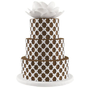 Lotus in Focus Easy Wedding Cake