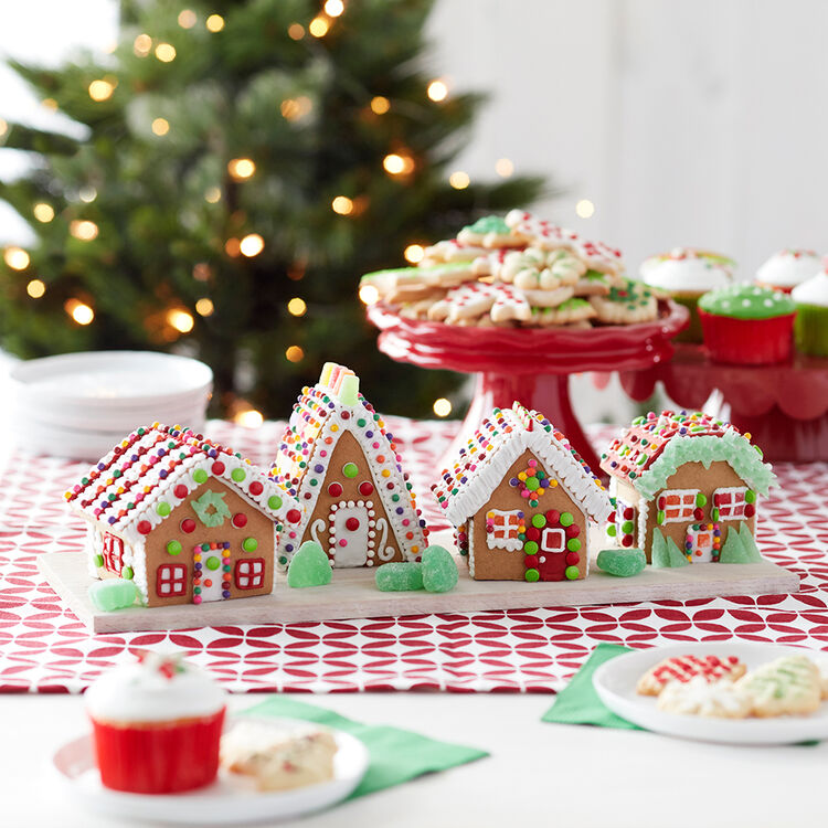 Little Houses Gingerbread House
