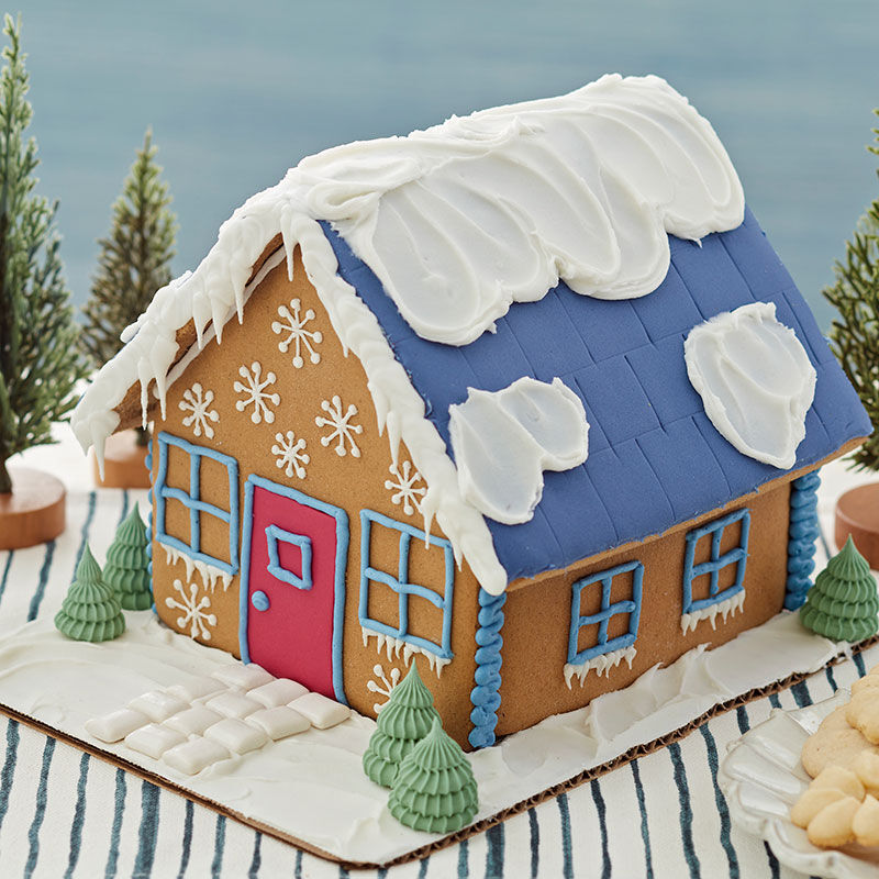 How to Make Snow Drifts on a Gingerbread House image number 1