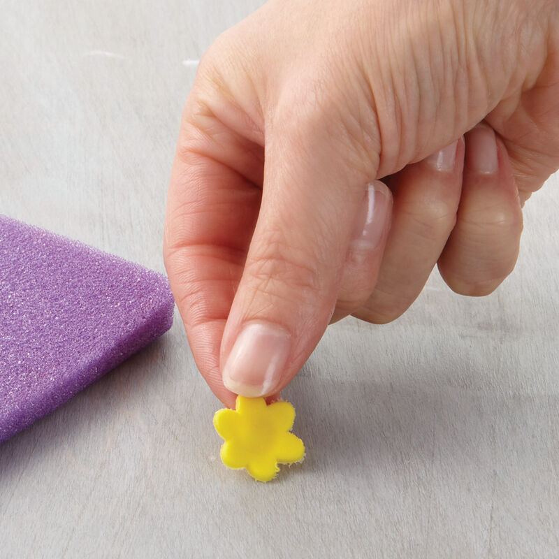 How to Make Fondant Blossom Flowers image number 0