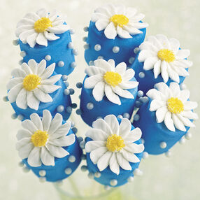 Distinctive Daisy Marshmallow Treats