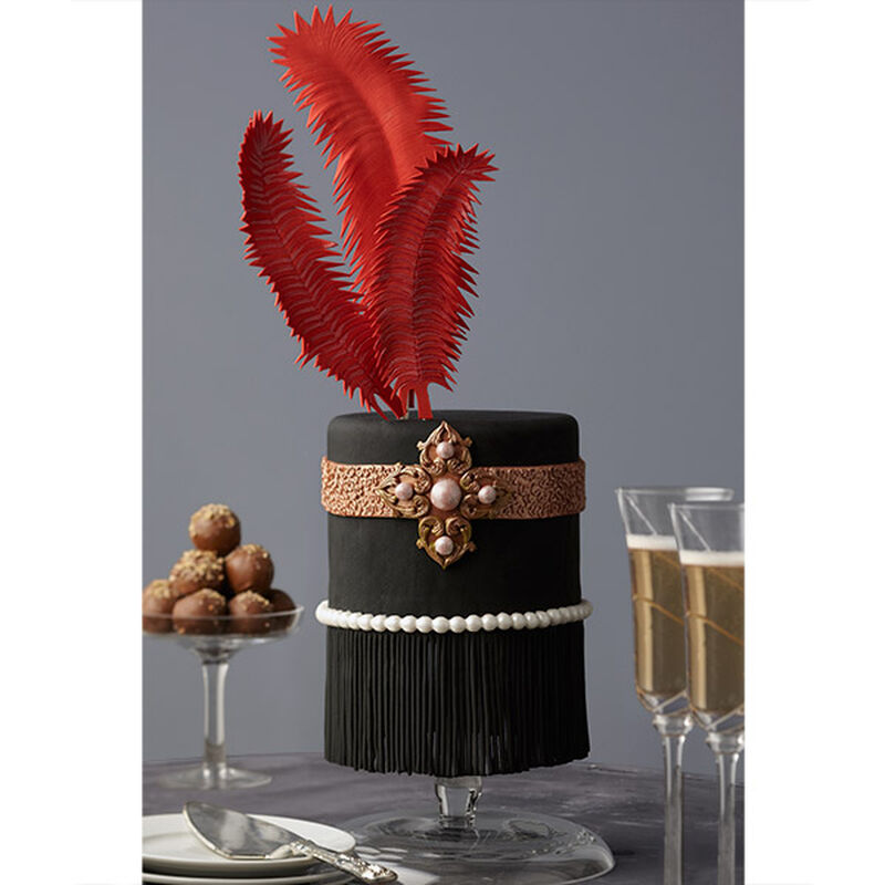 Feathers and Fringe Roaring '20s Cake image number 0