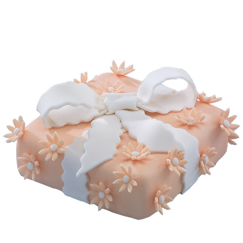 A Peachy Present! Cake image number 0