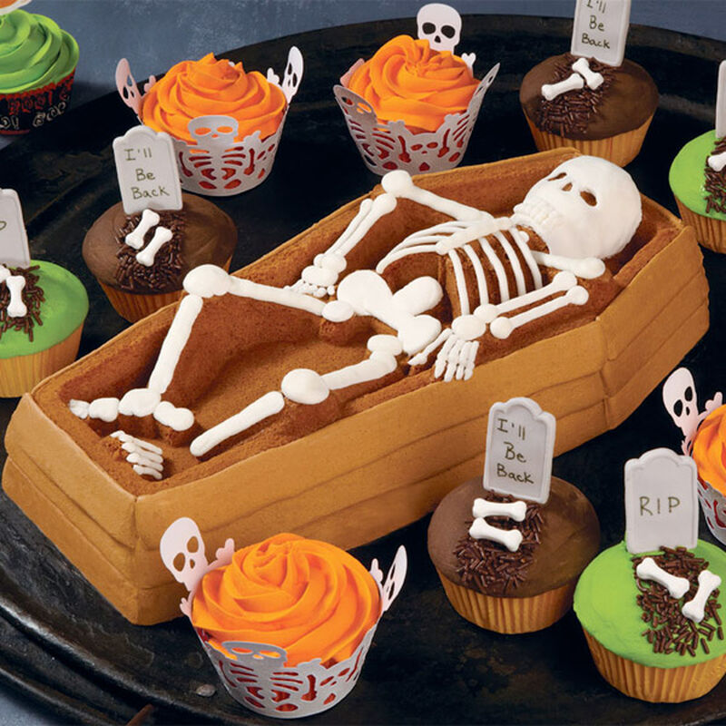 Back From The Grave Cake image number 0