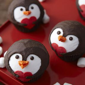 Penguin Valentine's Day Cupcakes