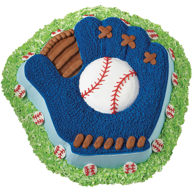 This Mitt is a Hit Cake image number 0