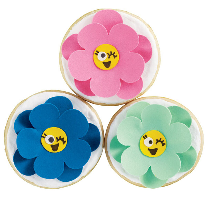Winking Flowers Cookie image number 0