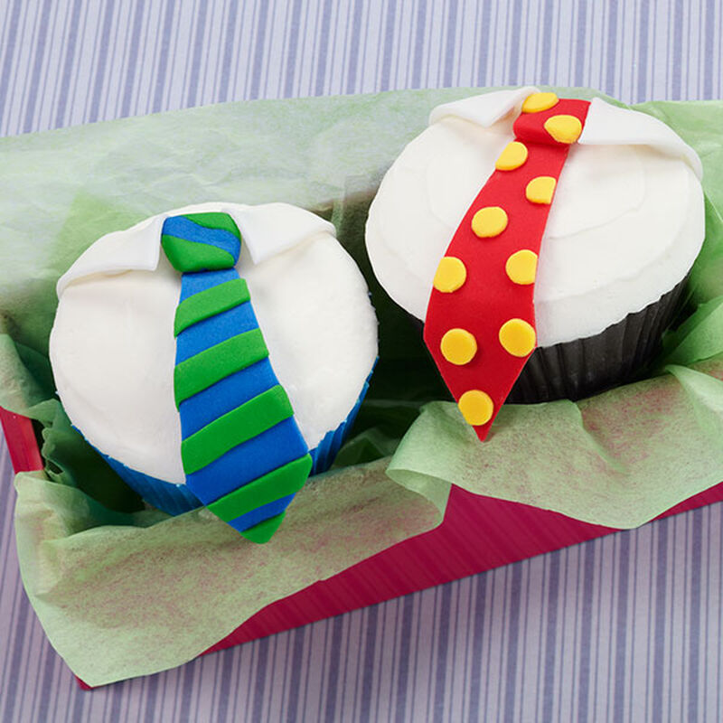 Dressed for Success Cupcakes image number 0