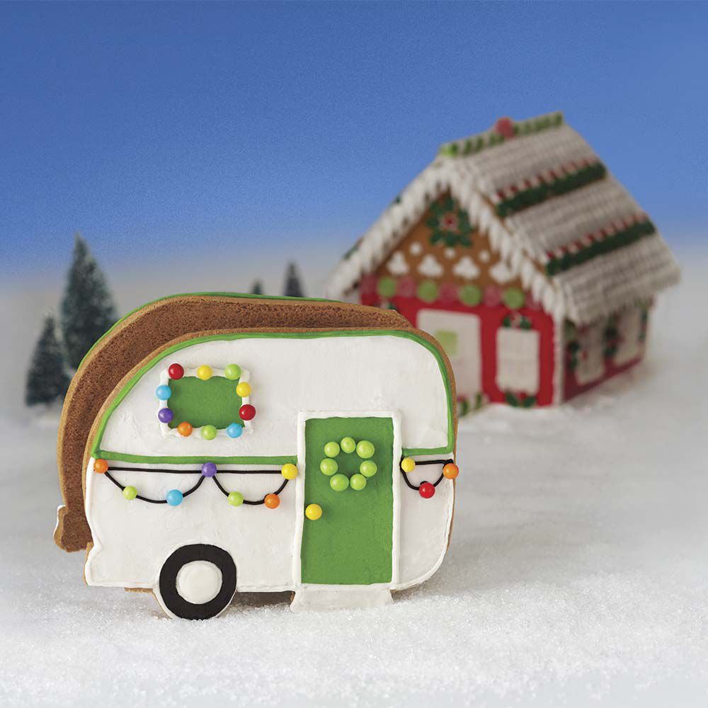 Love The Outdoors Gingerbread Camper Kit Wilton