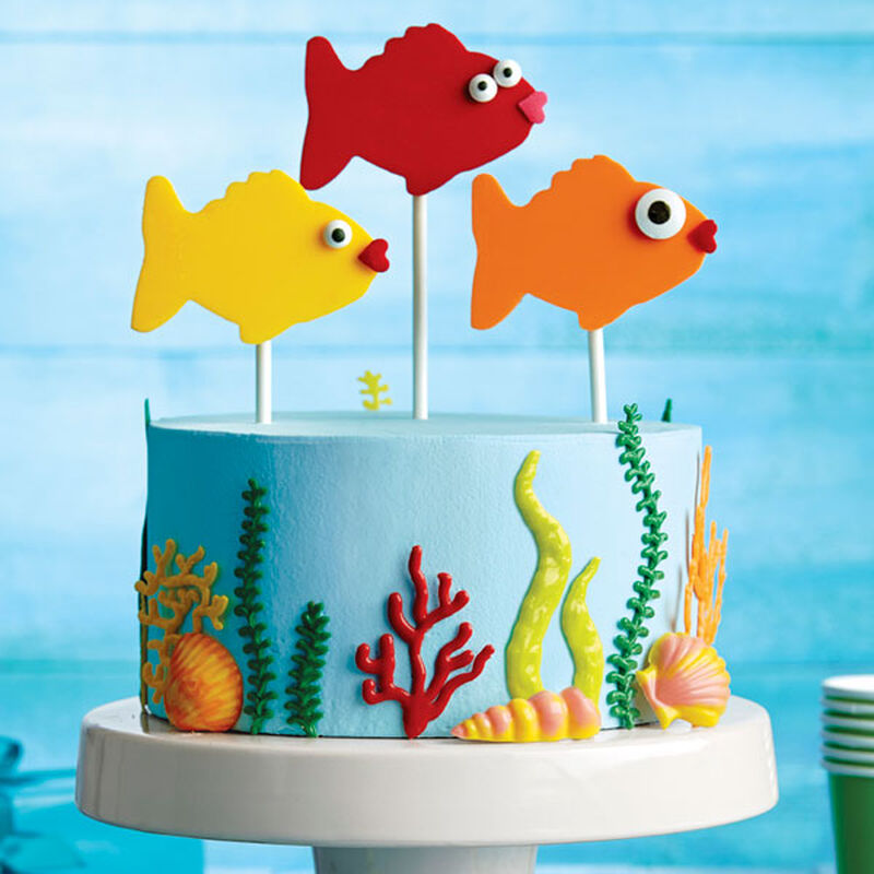 Fishy Fun Candy Topper Cake image number 0